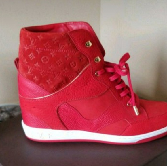 superior quality e1982 3b5f3 Sz 41 red wedge Louis Vuitton Sneaker
